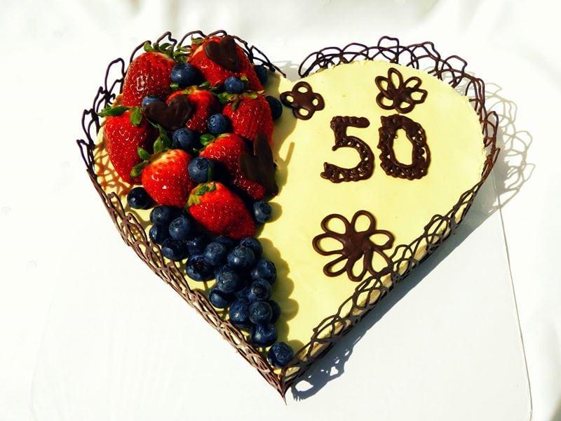Raw čokoládovo-pomarančová torta