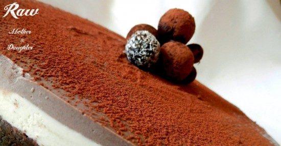 Raw čokoládovo-kokosová torta