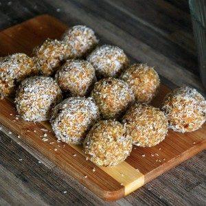 raw kokosové guľky