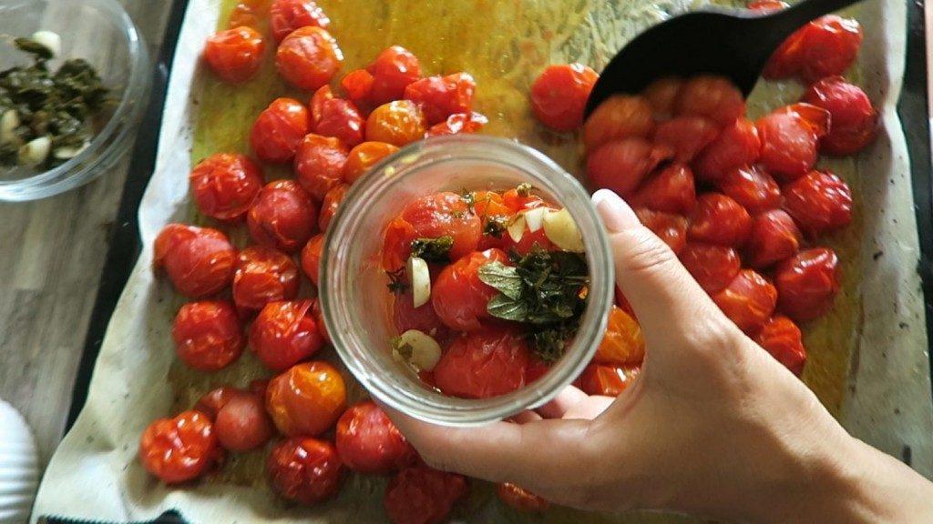 zavárané cherry rajčiny