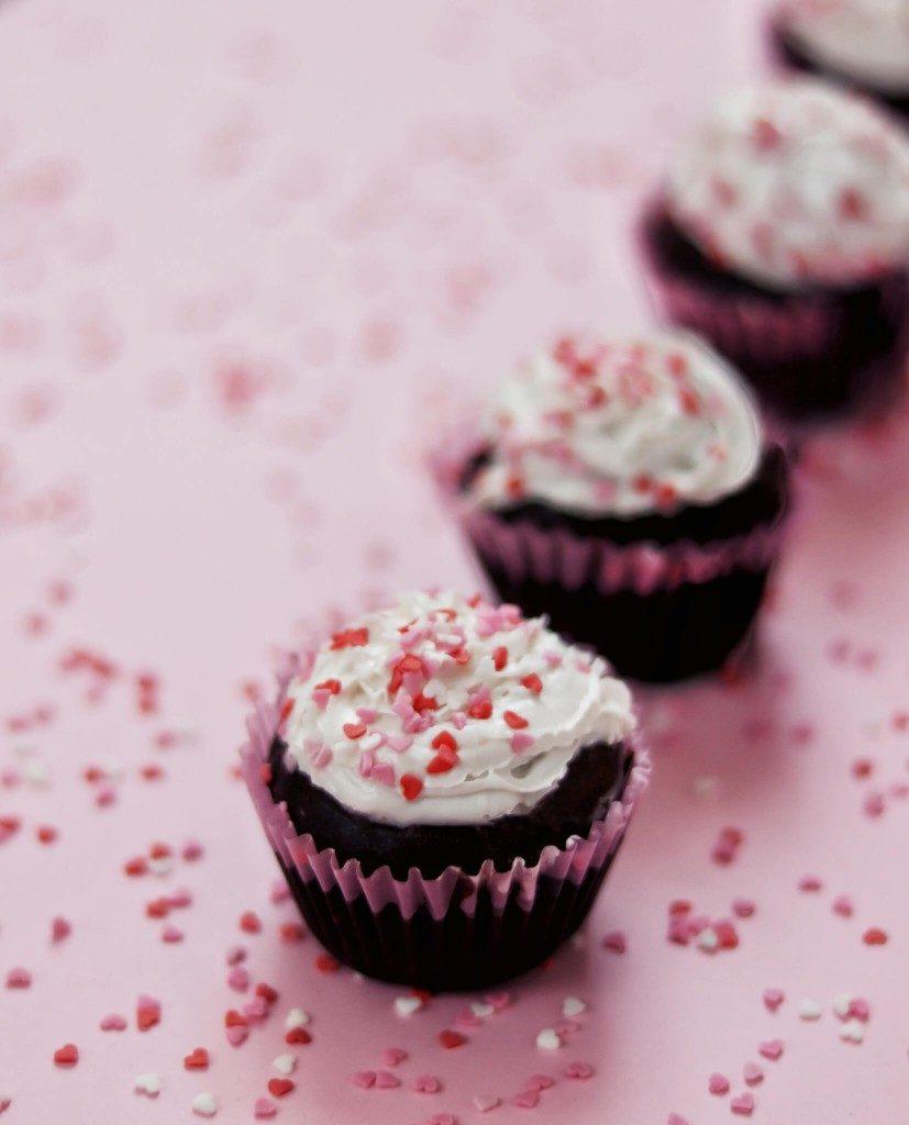 vegan čokoládové muffiny s čučoriedkami