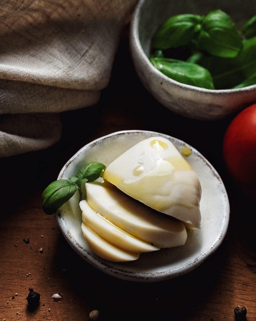vegan mozzarella syr
