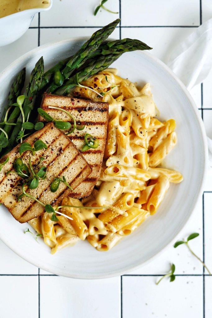 Vegan Mac and Cheese s tofu
